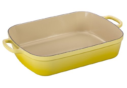Le Creuset Signature Cast Iron Rectangular Roaster, 5.25-Quart, Soleil (Cast Enamel Yellow Casserole Iron)