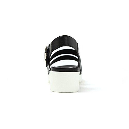 Verano en la primera capa de zapatos de cuero/Un grueso sandalias de Velcro Negro