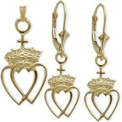 10 Karat Yellow Gold Celtic Crowned Heart Earrings & Pendant Set with 20 inch (Celtic Crowned Heart Pendant)