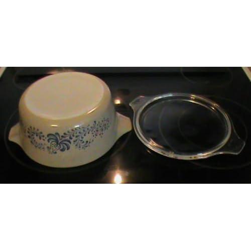 Vintage Pyrex Homestead Casserole Dish Bakeware 2 1/2 Quart Lidded Casserole