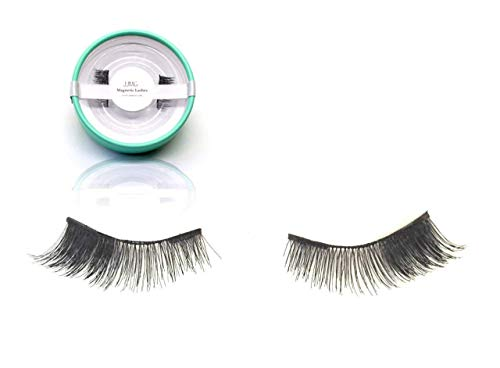 JJMG NEW Magnetic False Eyelashes Ultra Light weight 3D Reusable Feather weight False Eyelashes Natural Look Beauty Enhancer (1 Pairs 4 pieces Double Magnet Long 01) ()