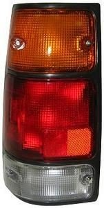 ISUZU RODEO OEM STYLE LEFT DRIVER SIDE LH REAR BRAKE TAILLIGHT TAILLAMP BLACK