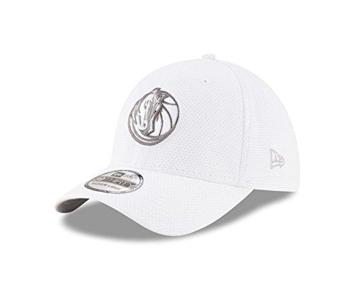 NBA Dallas Mavericks Adult Tone Tech Redux White 39THIRTY Stretch Fit Cap, Large/X-Large, White