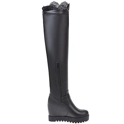 AIYOUMEI Damen Stretch Keilabsatz Overknee Stiefel mit Spitze und Schnalle Elegant Winter Langschaft Stiefel Schwarz
