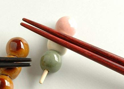 Japanese famous traditional crafts, Mino-Pottery Handcraft Chopstick Rest 3-Color Japanese Dumpling(DANGO), 5 Pieces, Handmade by Japanese Craftsmen, Made in Japan