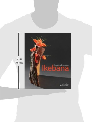 Ikebana Through All the Seasons