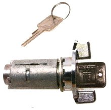 (Original Engine Management ILC138 Ignition Lock Cylinder)
