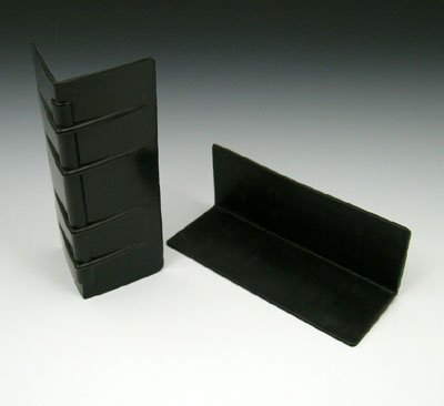 2'' x 2'' x 5-1/4'' Plastic Edge Protector - Black (250 Protectors) - AB-230-1-04 by Miller Supply Inc (Image #1)