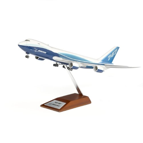 Boeing 747-8 Freighter Snap-Together Model 1:200
