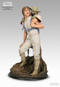 Sideshow Star Wars: Luke and Yoda on Dagobah Premium Format Figure Collectibles!