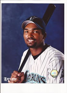 (Juan Encarnacion Unsigned 8x10 Photo Florida Marlins)