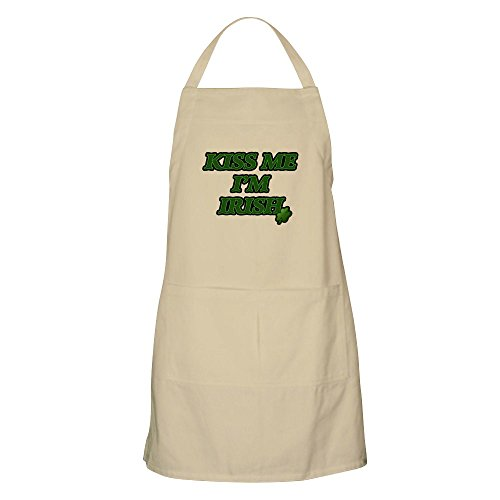 CafePress Kiss Me I'm Irish Design BBQ Apron Kitchen Apron with Pockets, Grilling Apron, Baking Apron