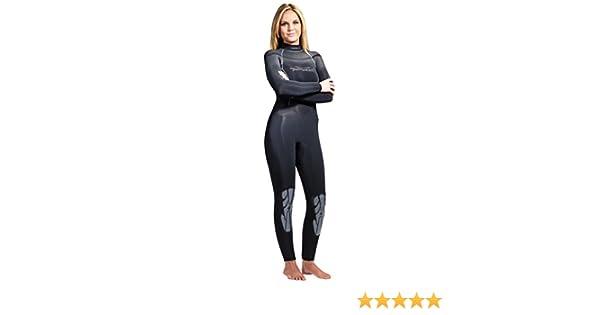 Amazon.com   AKONA Women s Quantum Stretch Full Wetsuit   Sports   Outdoors d1abf5800