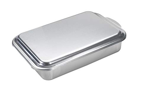(Nordic Ware Classic Metal 9x13 Covered Cake Pan)