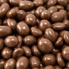 Carol Anne Milk Chocolate Walnuts (227g)