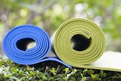 "Eco-Friendly TPE Yoga Mat 4mm Thick 72"" Closed Cell Non-Slip Workout High Density Exercise Yoga Mats for Yoga Exercise,Fitness,Pilates with Enclosure Strap"