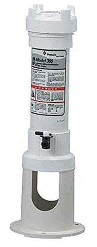 Pentair R171016 Rainbow 300 Automatic Chlorine/Bromine Off-Line Pool and Spa Feeder ()