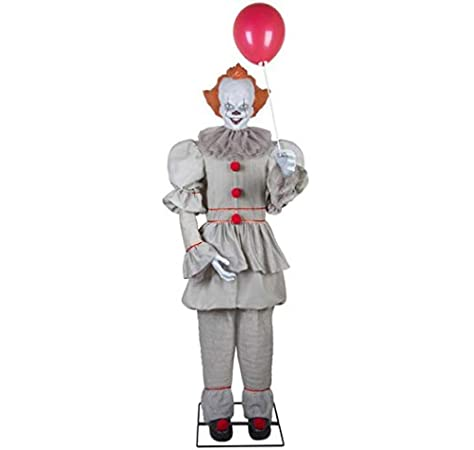 Amazon Com Gemmy 6 Tall Life Size Animated Pennywise Halloween Prop Garden Outdoor