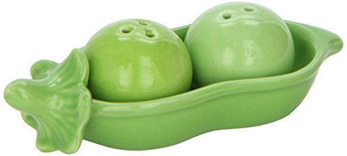 Kate Aspen Two Peas in A Pod Ceramic Salt and Pepper Shakers in Ivy Print Gift Box]()