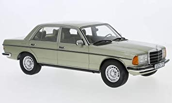 Mercedes 280 E W123 Metallic Hellgrün 1976 Modellauto Fertigmodell Cult Scale Models 1 18 Spielzeug