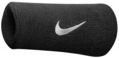 Muñequeras de doble ancho de Nike con logo, de color negro: Amazon.es: Deportes y aire libre