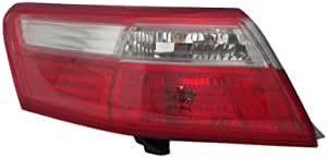 Tyc 11 6184 00 Toyota Camry Driver Side Replacement Tail Light Assembly Automotive Amazon Com