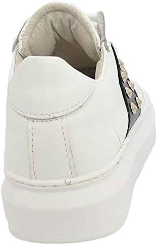 Sneakers Uomo Bassa in Vera Pelle Vitello Bianco e Striscia Nera con Borchie Street Fondo Tondo Bianco Made in Italy