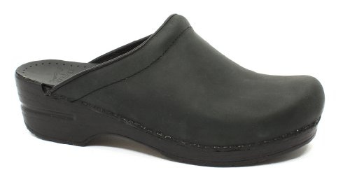Dansko Women's Sonja Oiled Leather Clog, Black, 39 EU / 8.5-9 M US by Dansko
