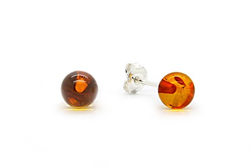 925 Sterling Silver Round Stud Earrings with Genuine Natural Baltic Cognac Amber.