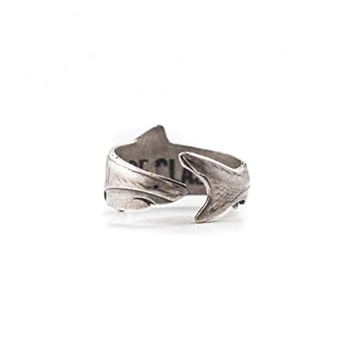 Cape Clasp Great White Shark Ring -