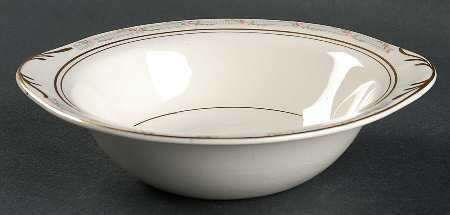 Pope Gosser La Belle Lugged Cereal / Soup Bowl