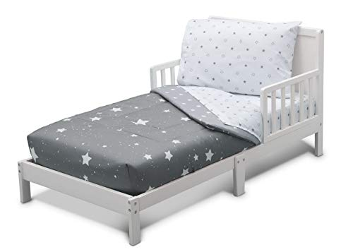 (Hemau Toddler Bedding Set | Boys 4 Piece Collection | Fitted Sheet, Flat Top Sheet w/Elastic Bottom, Fitted Comforter w/Elastic Bottom, Pillowcase, Dusty Skies | Grey | Style)