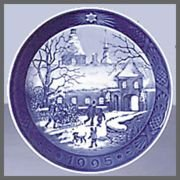 1995 Royal Copenhagen Christmas Plate - The Manor House