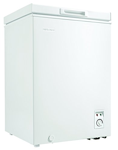 Danby Diplomat DCFM036C1WM 3.5CF Chest Freezer White