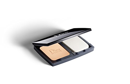 (DIORSKIN FOREVER EXTREME CONTROL PERFECT MATTE POWDER MAKEUP EXTREME WEAR PORE-REFINING EFFECT SPF 20 PA+++ / OIL CONTROL # 010 IVORY )