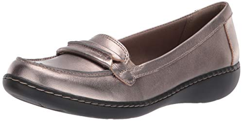 CLARKS Women's Ashland Lily Loafer,pewter leather,7.5 M ()