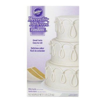 4 X Wilton 710-2300 Decorator Preferred Fondant, 5-Pound, White by Wilton