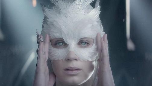 The Huntsman: Winter's War - Extended Edition All Hail Queen Freya