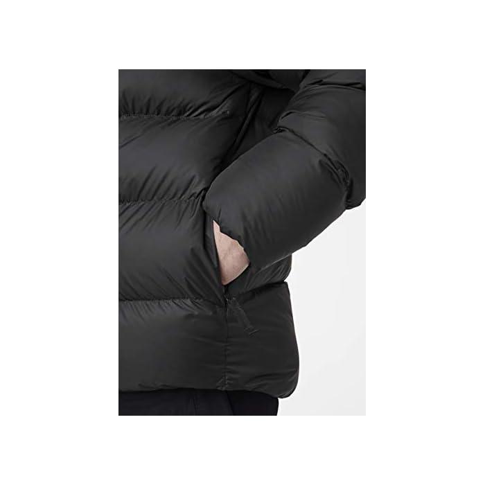 31mTNrjzsjL Inspirada en la clásica chaqueta acolchada Helly. Una chaqueta acolchada suave y abrigada con un diseño de largo hasta la cadera y aislamiento sintético soplable Cierre: Cremallera Lavar a máquina