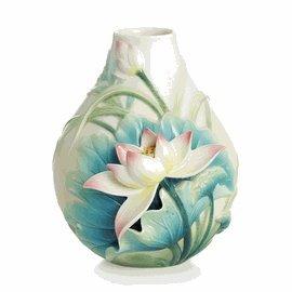 Harmony Lotus Porcelain (Franz Lotus Harmony Flower Small Vase)