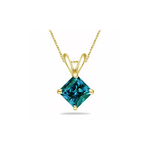 0.29-0.44 Cts of 4 mm AAA Princess Russian Lab Created Alexandrite Solitaire Pendant in 14K Yellow Gold