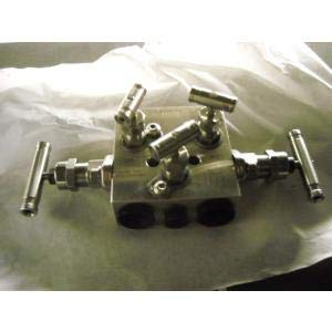 WHITEY SS-M5NBF8 PIPE TO PIPE 5-VALVE MANIFOLD