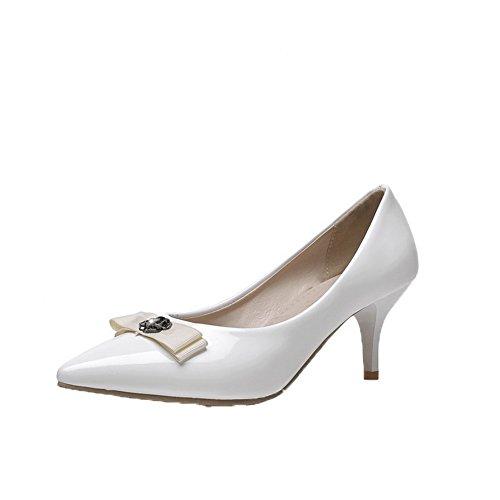 Amoonyfashion Mujer Pull-on Cerrado-toe Kitten-heels Pu Solid Pumps-Zapatos Blanco