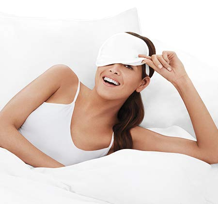 me Glow Beauty Boosting Eye Mask by iluminage. - For Fine Lines Reduction w/Copper Oxide Technology