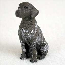 (German Shorthair Pointer Miniature Dog Figurine)
