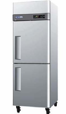 Turbo Air M3F24-2 Freezer, Reach-In 1 Section 24 Cu. Ft.