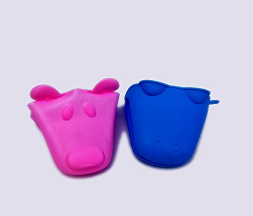 Silicone Heat Resistant Cooking Pinch Mitts, Mini Oven Mitts, Gloves, Cooking Pinch Grips, Pot Holder and potholder for kitchen, by Snyter - In Assorted Color