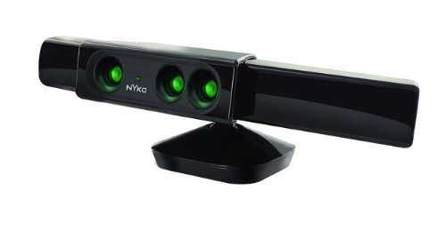Zoom for Kinect - Xbox 360 (Xbox 360 With Kinect And Two Controllers)