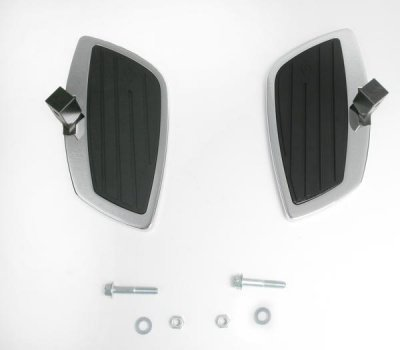 Swept Rear Floorboard Kit (Cobra Rear Floorboard Kit Swept for Kawasaki Vulcan 1700/LT)