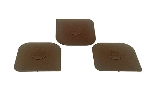 (Set of 3 Pampered Chef Brown Pot, Pan, and Stoneware Scrapers in Plain White Envelope.)